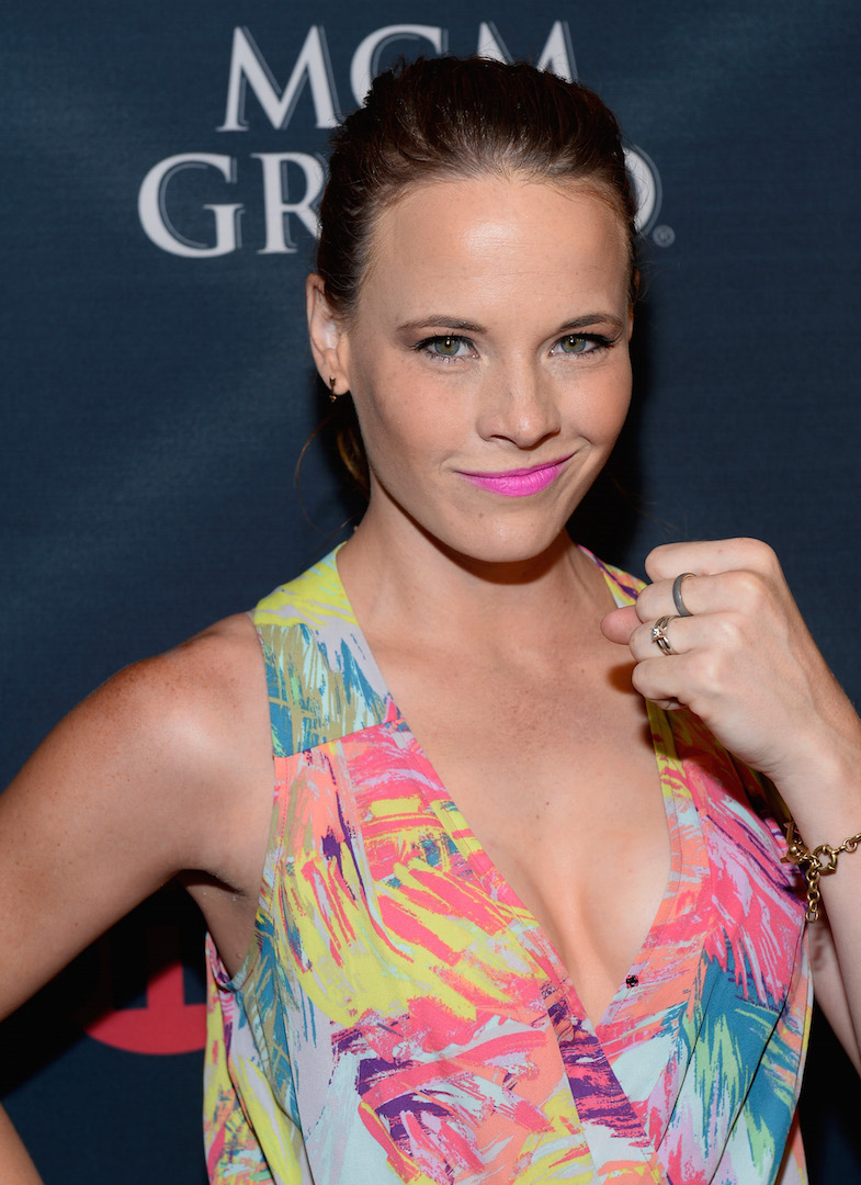 LAS VEGAS, NV - SEPTEMBER 12:  Actress Katie Leclerc arrives at the VIP Pre-Fight Party for 'High Stakes: Mayweather v. Berto' presented by Showtime at the MGM Grand Garden Arena on September 12, 2015 in Las Vegas, Nevada.  (Photo by Bryan Steffy/Getty Images for Showtime) *** Local Caption *** Katie Leclerc
