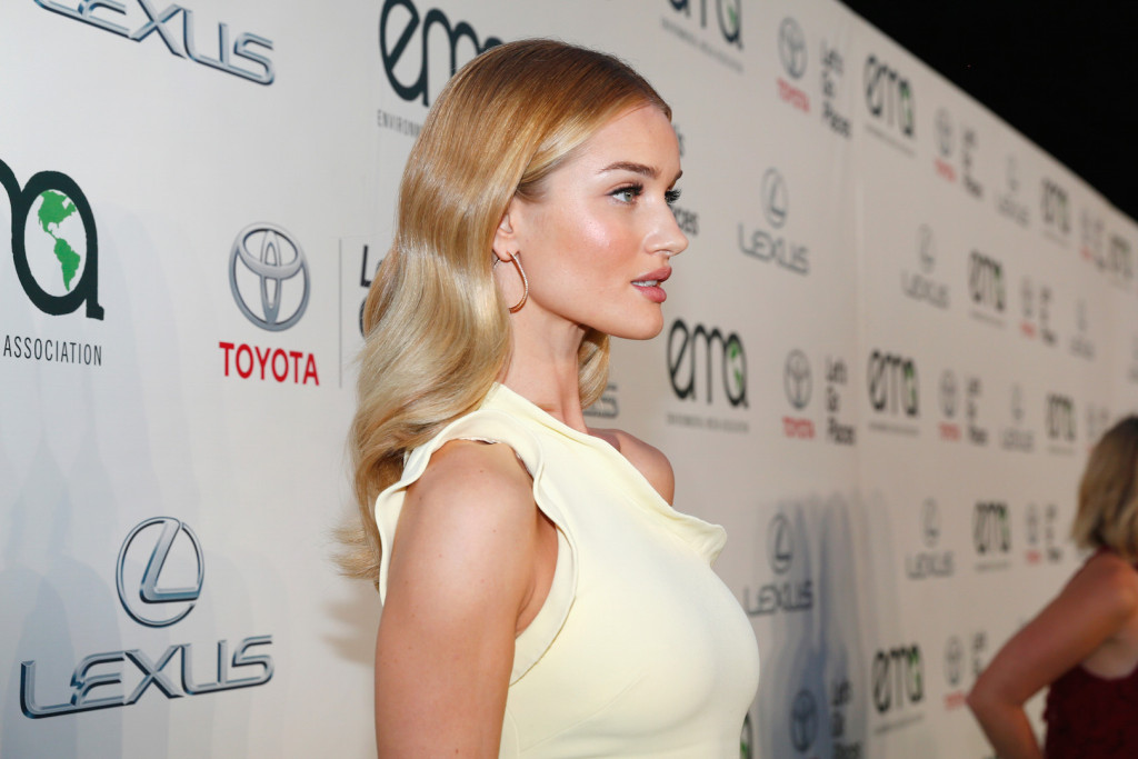 Actress Rosie Huntington-Whiteley attends the 25th annual EMA Awards presented by Toyota and Lexus and hosted by the Environmental Media Association at Warner Bros. Studios on October 24, 2015 in Burbank, California. (Photo Credit: Rich Polk/Getty Images for Environmental Media Awards)
