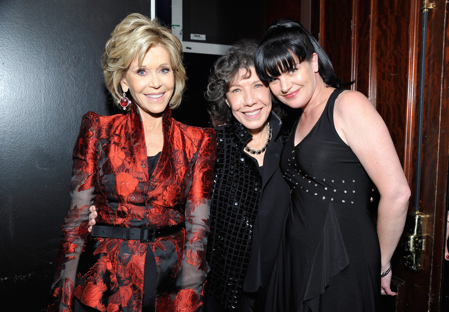 CENTURY CITY, CA - NOVEMBER 07:  (L-R) Honoree Jane Fonda, actresses Lily Tomlin and Pauley Perrette arrive at the Los Angeles LGBT Center 46th Anniversary Gala Vanguard Awards at the Hyatt Regency Century Plaza on November 7, 2015 in Century City, California.  (Photo by John Sciulli/Getty Images for Los Angeles LGBT Center)